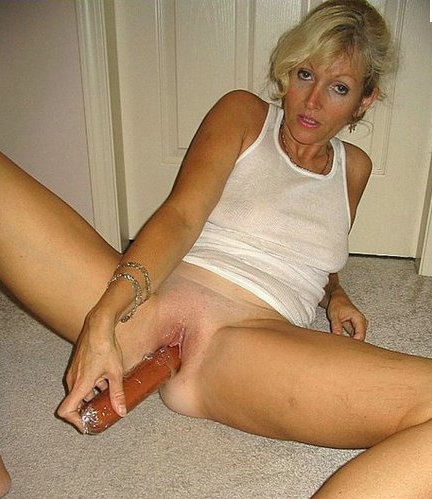 Mature Amateur Website 99